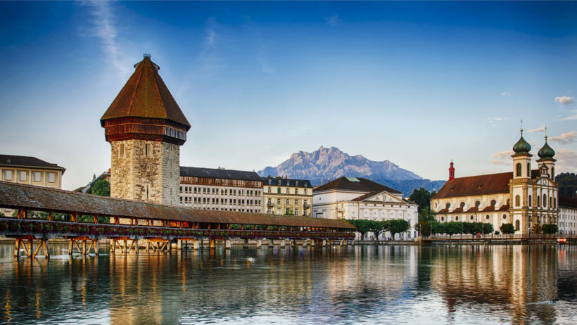 25983155 – kapellbrucke in lucerne, switzerland